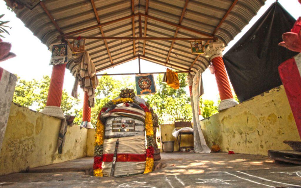 udayalur-raja-raja-cholan-samathi