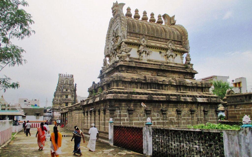 pandavathoothar-perumal-temple