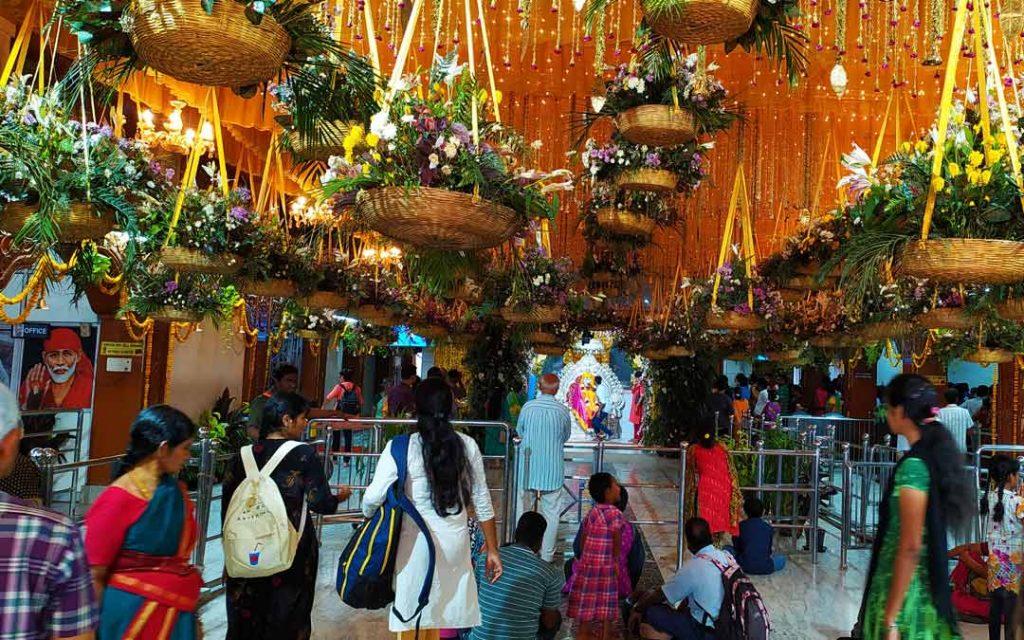 Devotees in Ambattur Sai Baba Temple