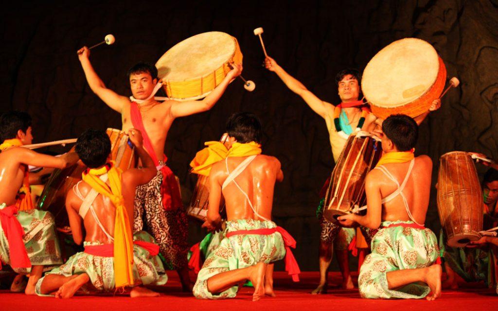 Folk dance performance of Mamallapuram Dance Festival