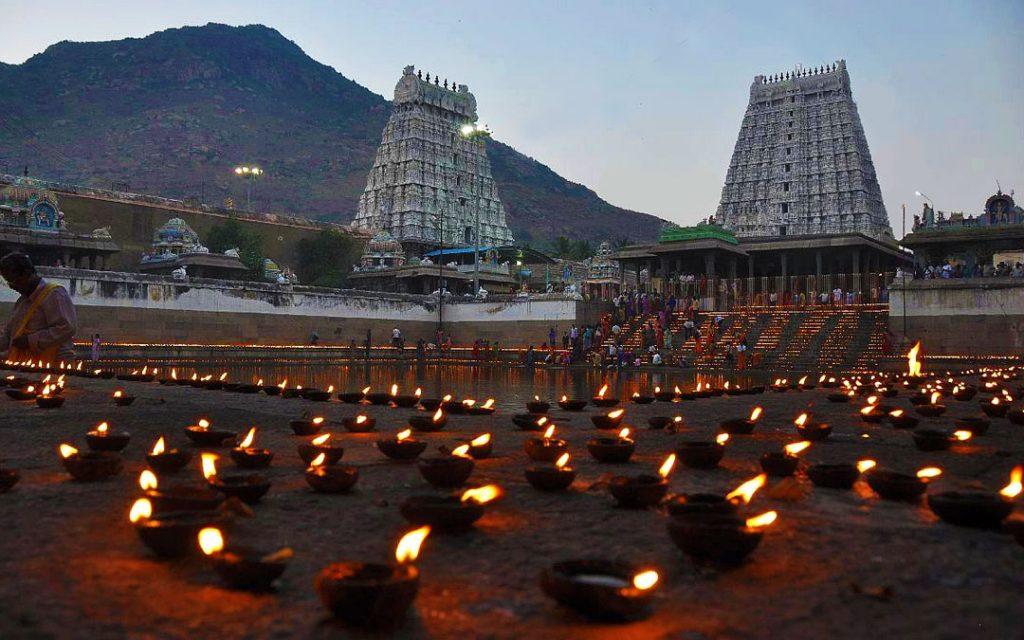Lamps decorated in Thiruvannamali Temple during Karthigai Deepam Festival