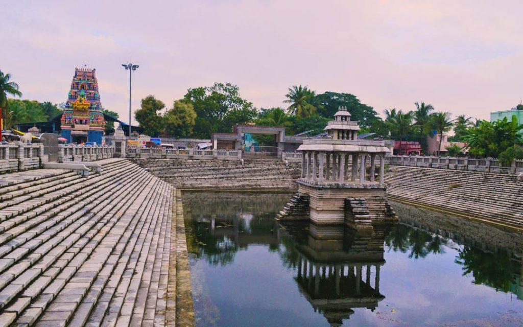 Temple tank of Thiruverkadu Vedapureeswarar Temple