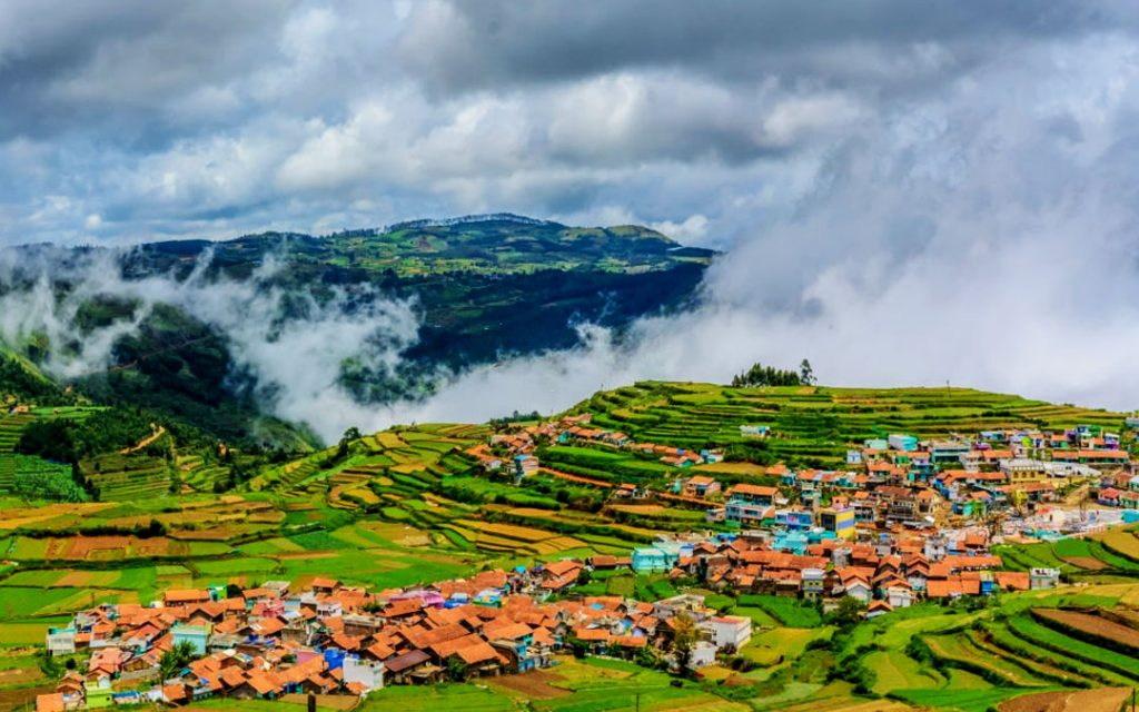 An amazing view of Poombarai village near Kodaikanal