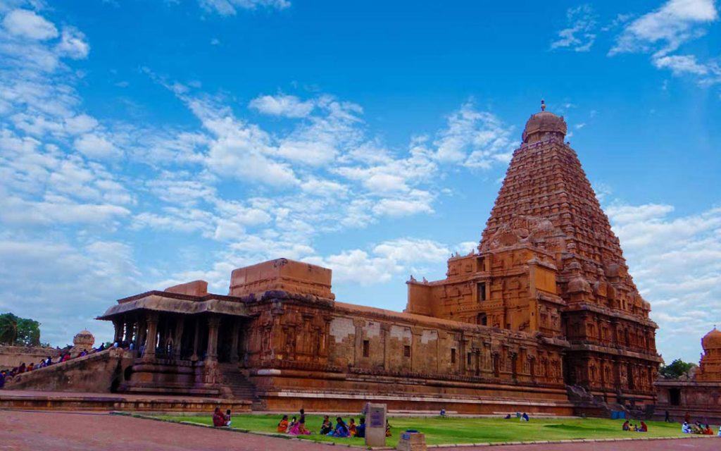 Thanjavur Brahadeeswarar Temple