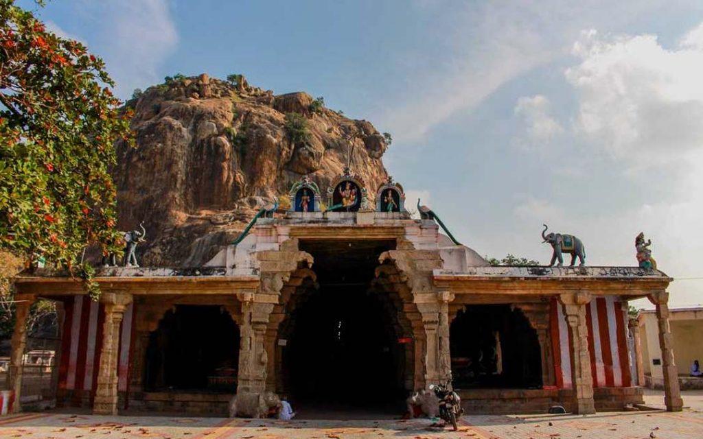 Entrance view of Kalugumalai Murgan Temple in Thoothukudi