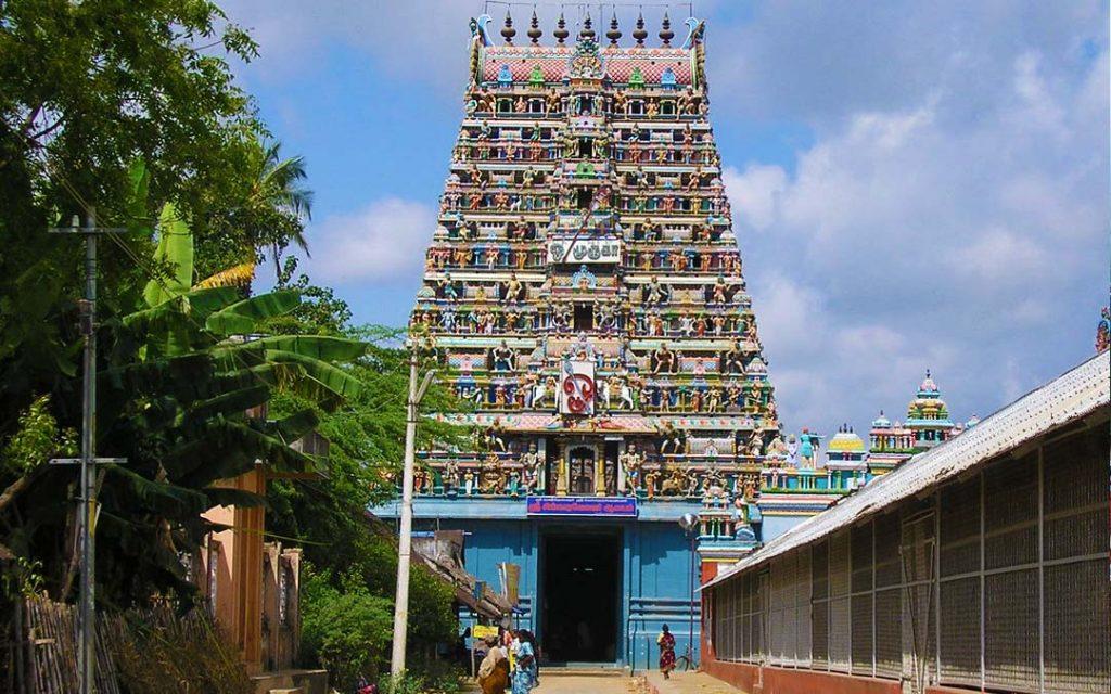 Front view of Sikkal Singaravelan Temple in Nagapattinam