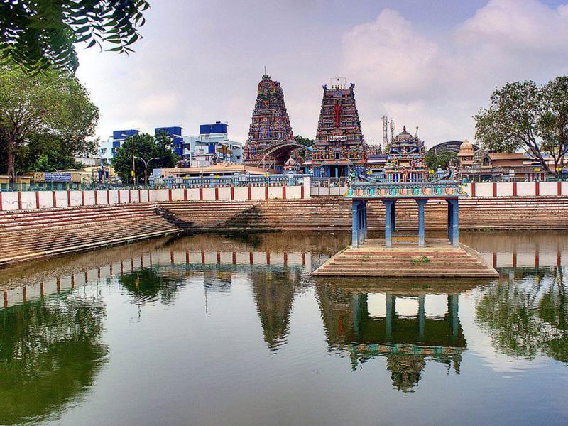 Sri Vadapalani Andavar Temple - Chennai