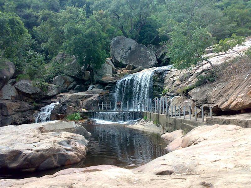 Panchalinga Waterfalls